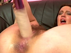 Horny brunette bitch in hard fisting scenes